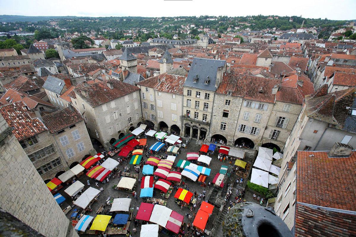 https://www.somnenbulle.com/wp-content/uploads/2017/12/alentour-somnenbulle-Villefranche-de-Rouergue.jpg